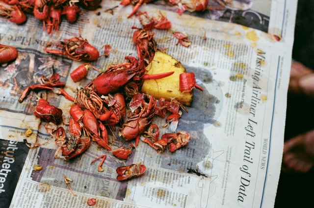 St. Patty's Day Crawfish Boil, New Orleans | Caroline Goddard Photography | Hope State Style