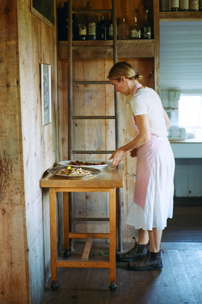 Barnhouse - Chilmark, Martha's Vineyard | Hope State Style | Photography by Caroline Goddard