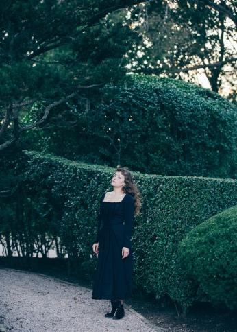 CarolineGoddard16-HolygoldenNRF-8803