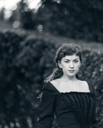 CarolineGoddard16-HolygoldenNRF-8845